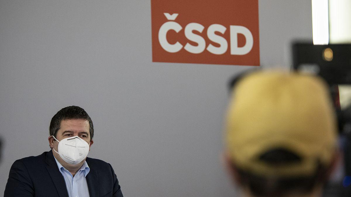 Pakt ČSSD a Zelených se bortí. Sjezd vypudil zastánce koalice zfunkcí