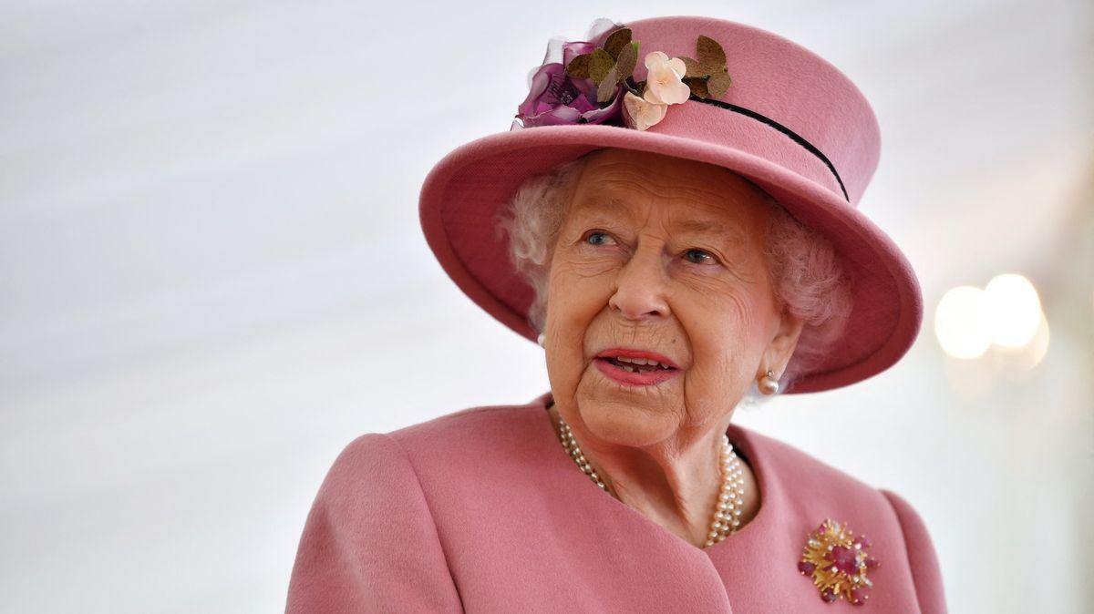 Královská rodina prolomila mlčení kvýbušnému rozhovoru Harryho a Meghan