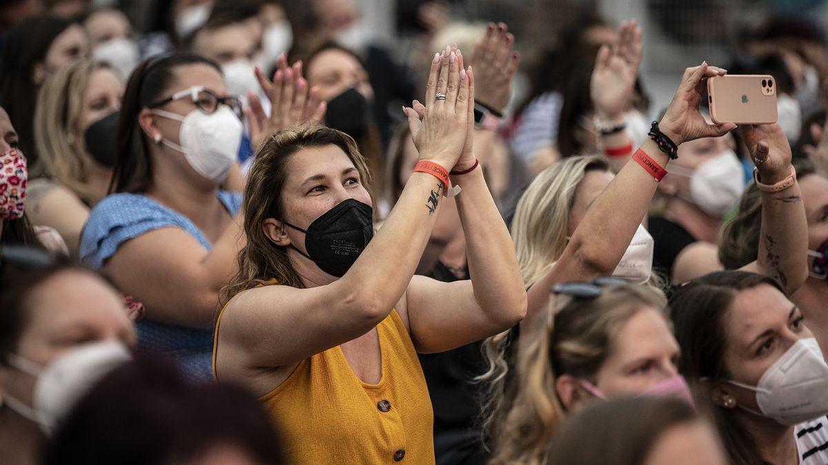 Na kulturu budou stačit samotesty, zvětší se ikapacita pro diváky