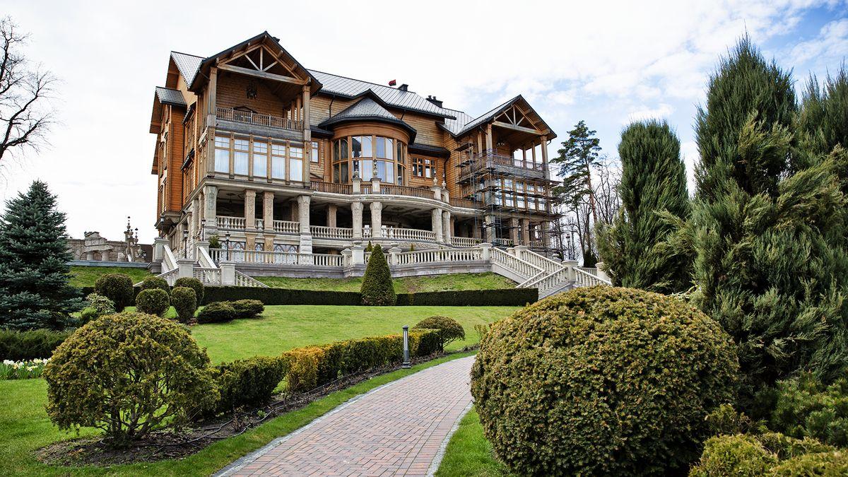 Obrazem: Rezidence bývalého prezidenta Ukrajiny dodnes šokuje luxusem