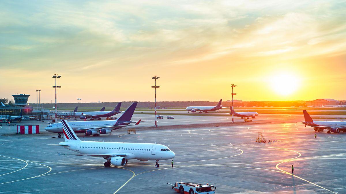 Přeprava letadlem výrazně zdražuje. Ceny to neovlivňuje, zatím