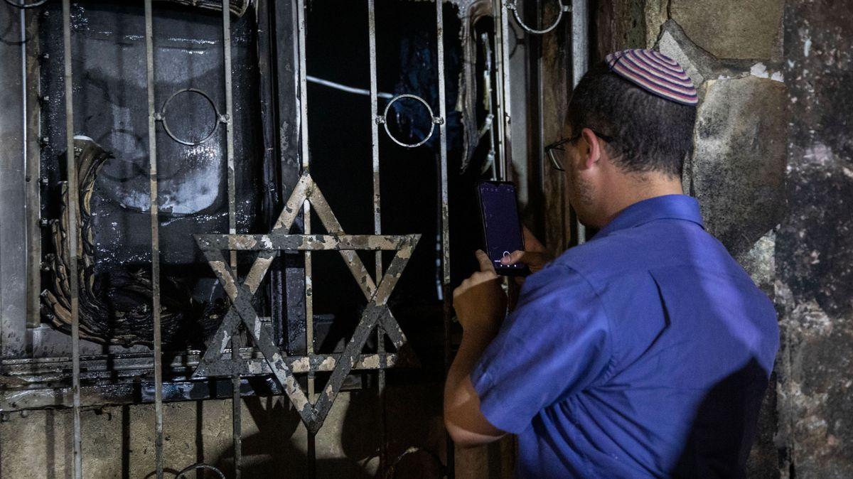 Komentář: Komu vyhovují izraelské pogromy? Vlastně skoro všem
