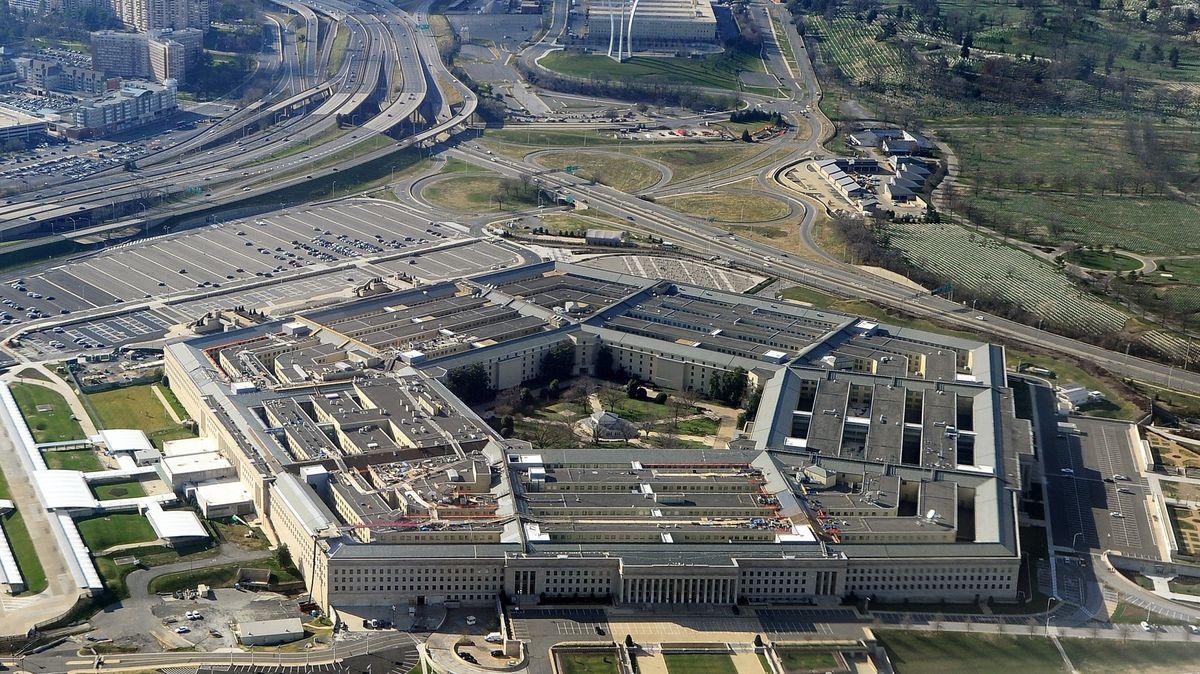 USA podnikly nálety na Íránem podporované milice vpohraničí Sýrie a Iráku