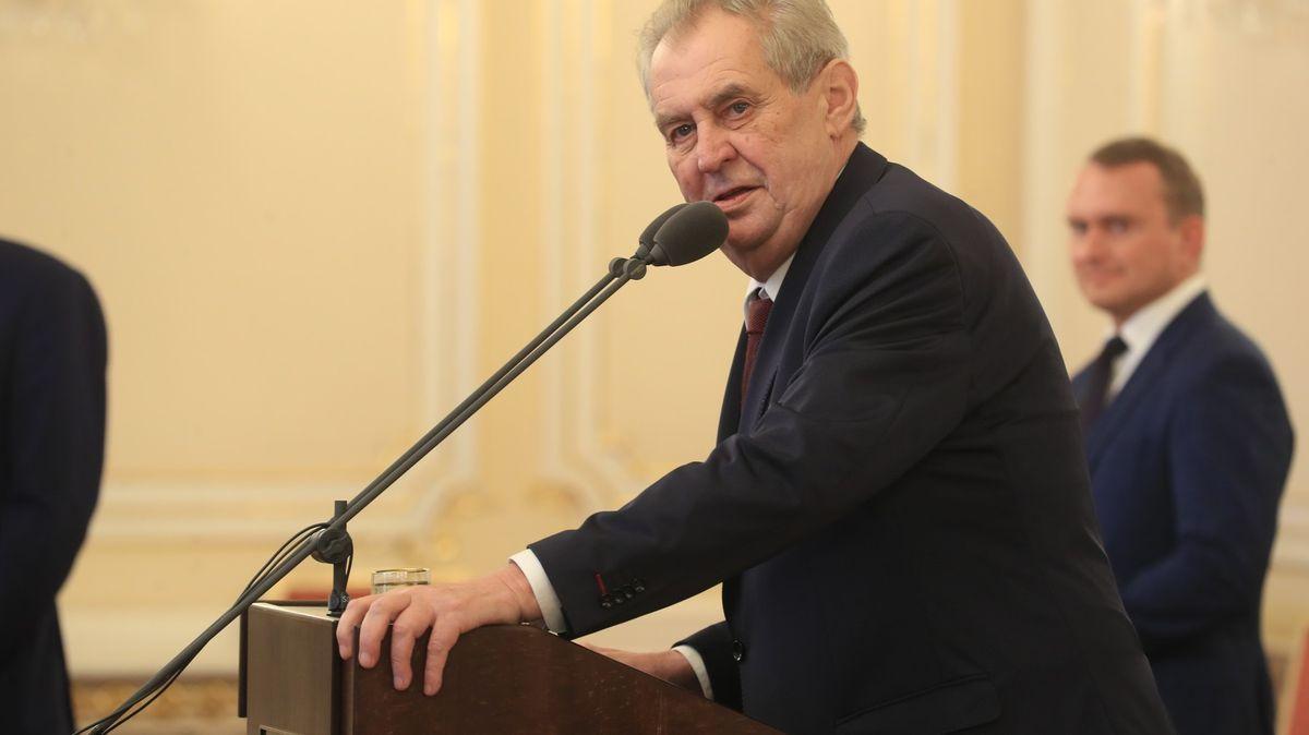 Prezident Zeman půjde ksoudu. Jde opodezřelý privatizační příběh