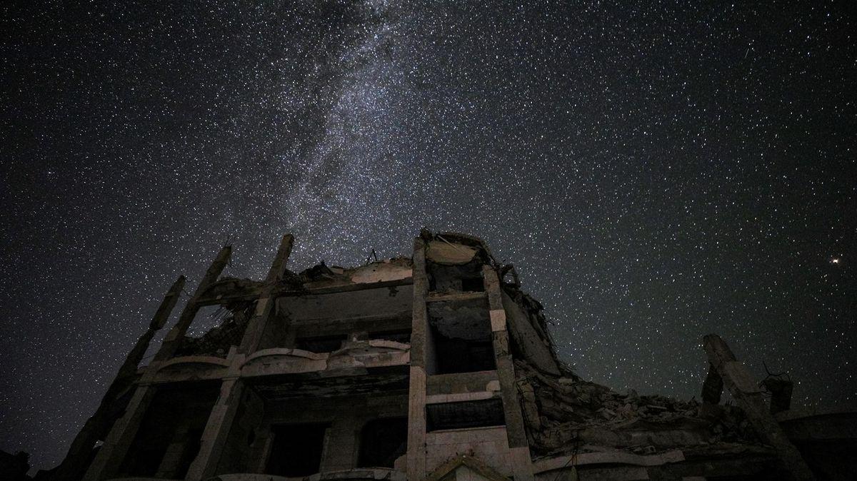 Mléčná dráha nad Sýrii. Ten nejkrásnější pohled zmísta nejstrašnějšího