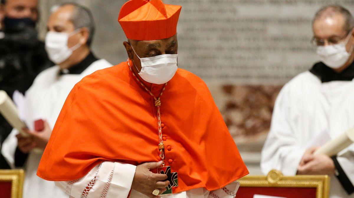 Papež František jmenoval 13kardinálů. Mezi nimi prvního Afroameričana