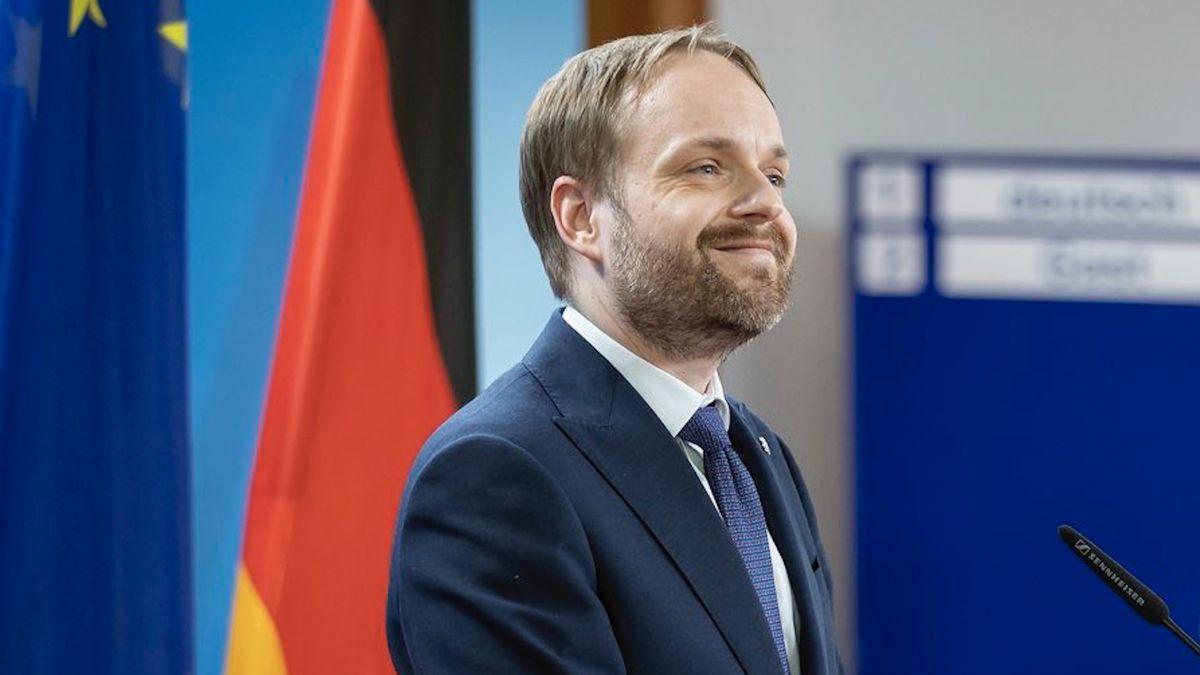 Kulhánek: Pro ČR je vkauze Vrbětic důležitá podpora EU, ne vyhošťování