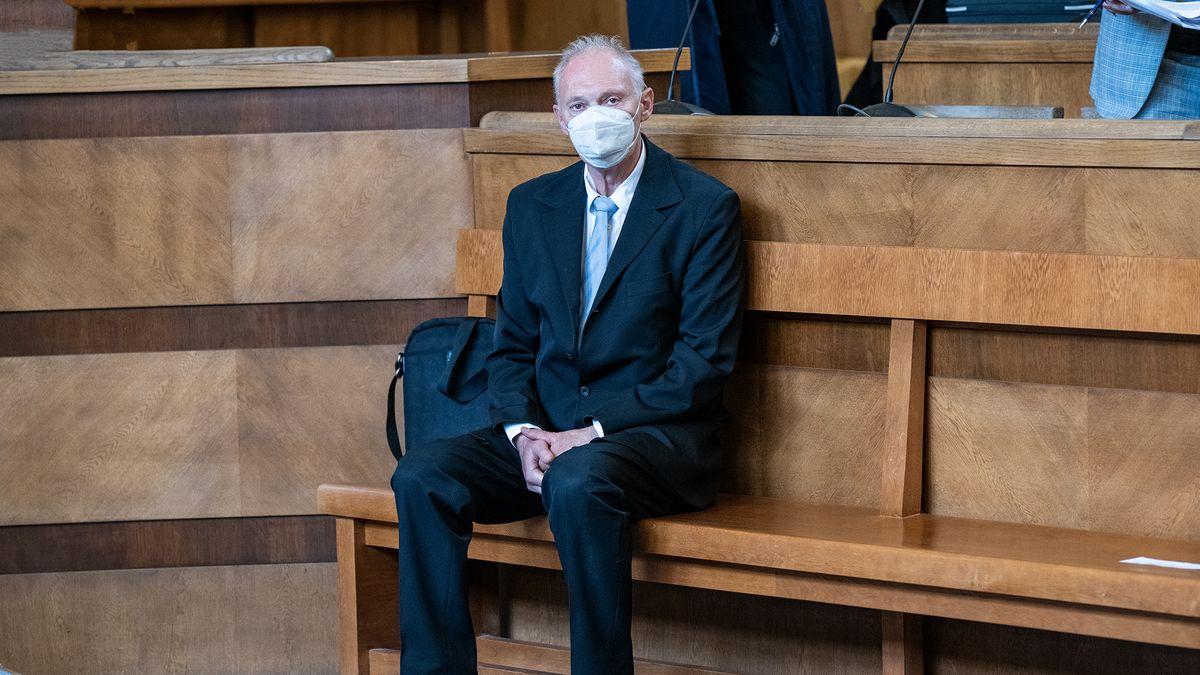 Soud osvobodil úředníka, který byl ufalešné miliardové restituce