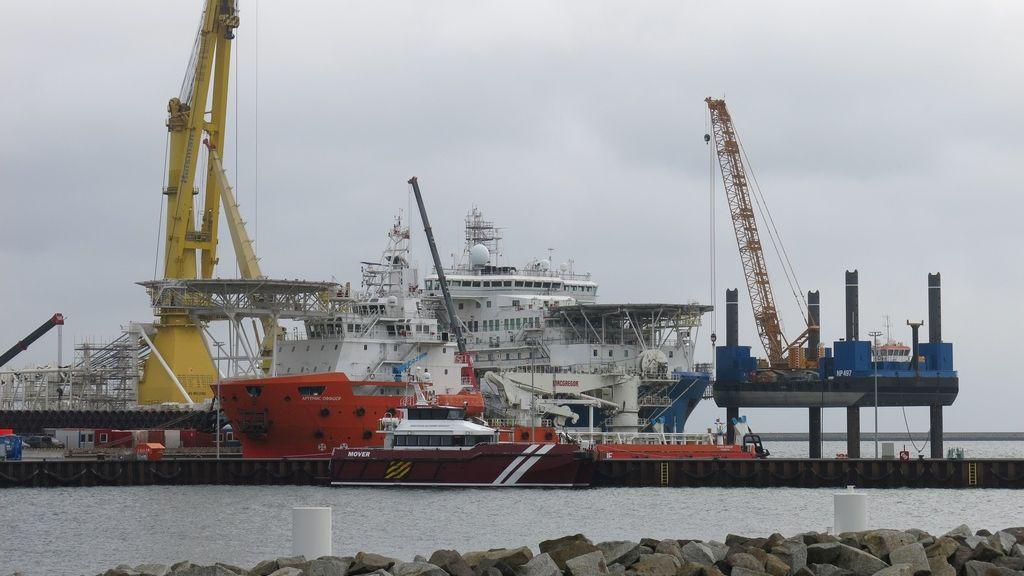 Biden zrušil sankce proti ruskému plynovodu. Chce napravit vztahy sEU