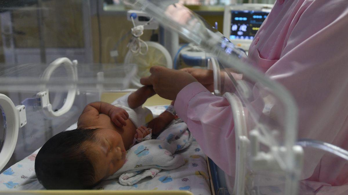 Lidská reprodukce jako součást kvót. Čína mlží kolem sčítání lidu