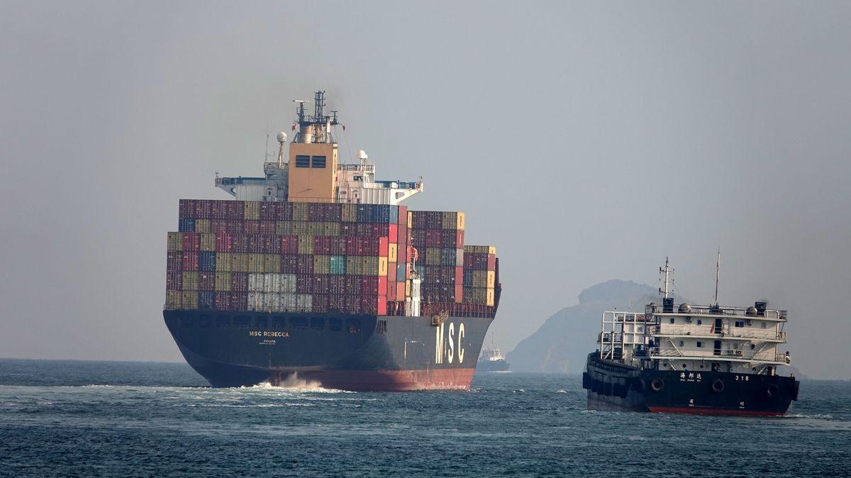 Lodní doprava má velký problém, poznamená iVánoce