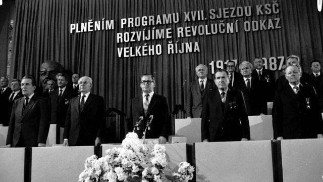 Neofašistické, hřímal Grospič nad návrhem snížit důchody prominentům režimu