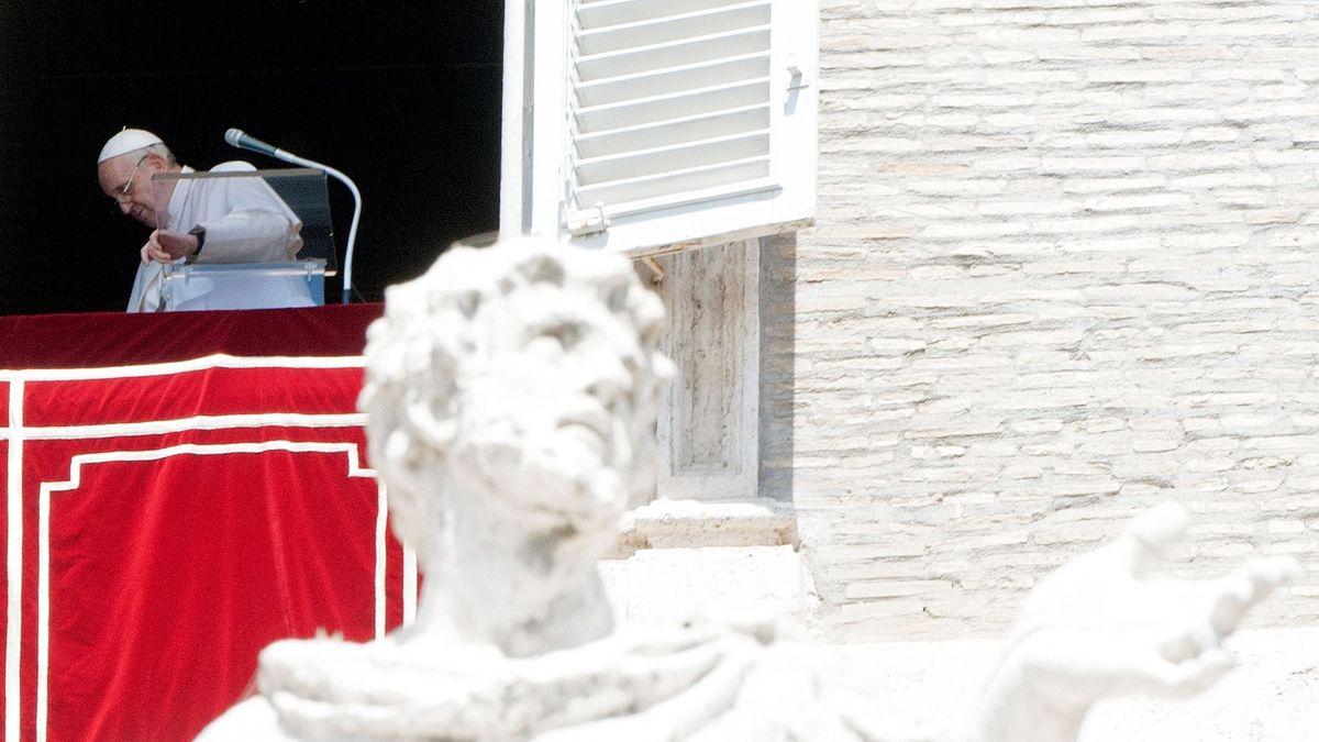 Vatikán odhaluje karty před sledovaným procesem. Vlastní tisíce nemovitostí