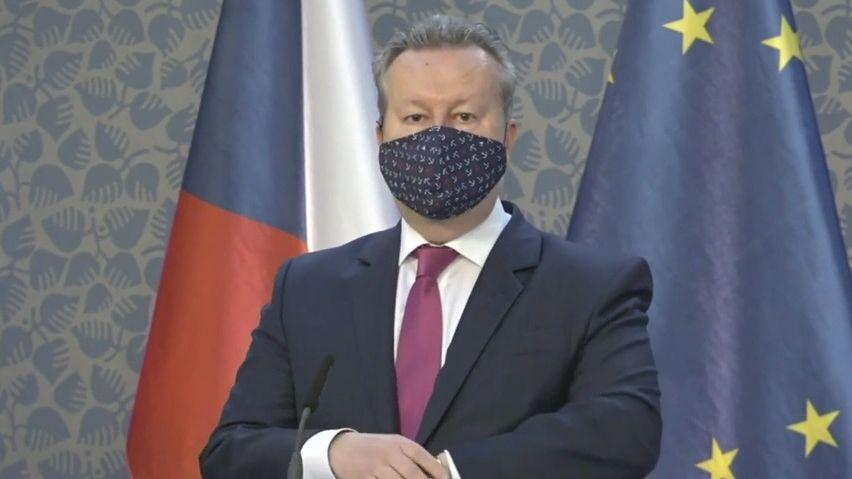 Je to katastrofa, popsal sucho ministr Brabec a řekl, co bude vláda dělat