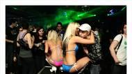 Fotograf zachytil dekadentní svět nočních klubů naMoravě