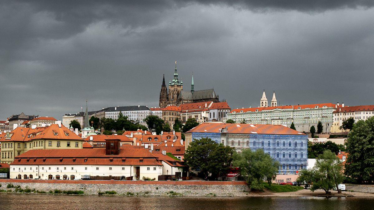 Pražský hrad dostane 200milionů na vykrytí covidových škod
