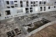 Z ovládacího pultu zbyl jen skelet. Všechny prvky byly během dekontaminace vytrhány, odvezeny a zakopány.