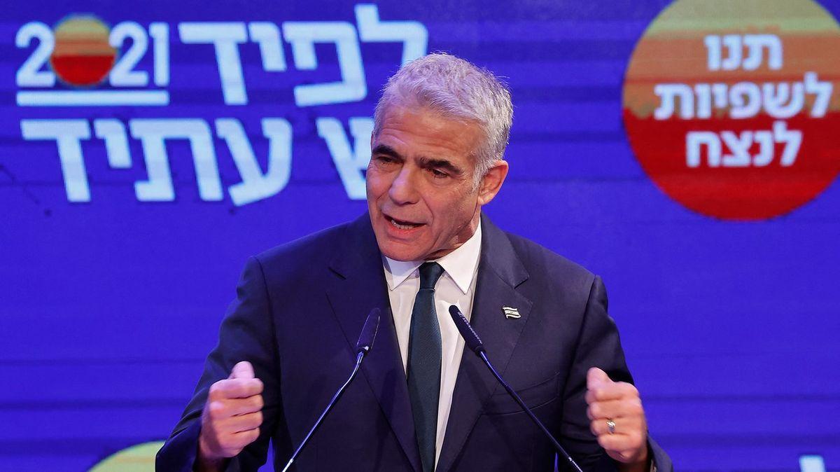 Všichni proti Netanjahuovi. Izraelskou vládu zkusí složit centrista Lapid