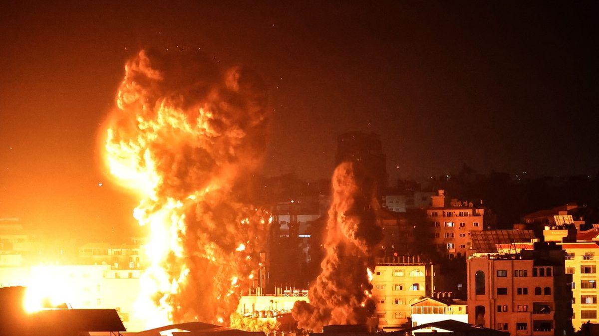 Ostřelování zesílilo. Izrael vypálil vnoci na Gazu přes 100raket