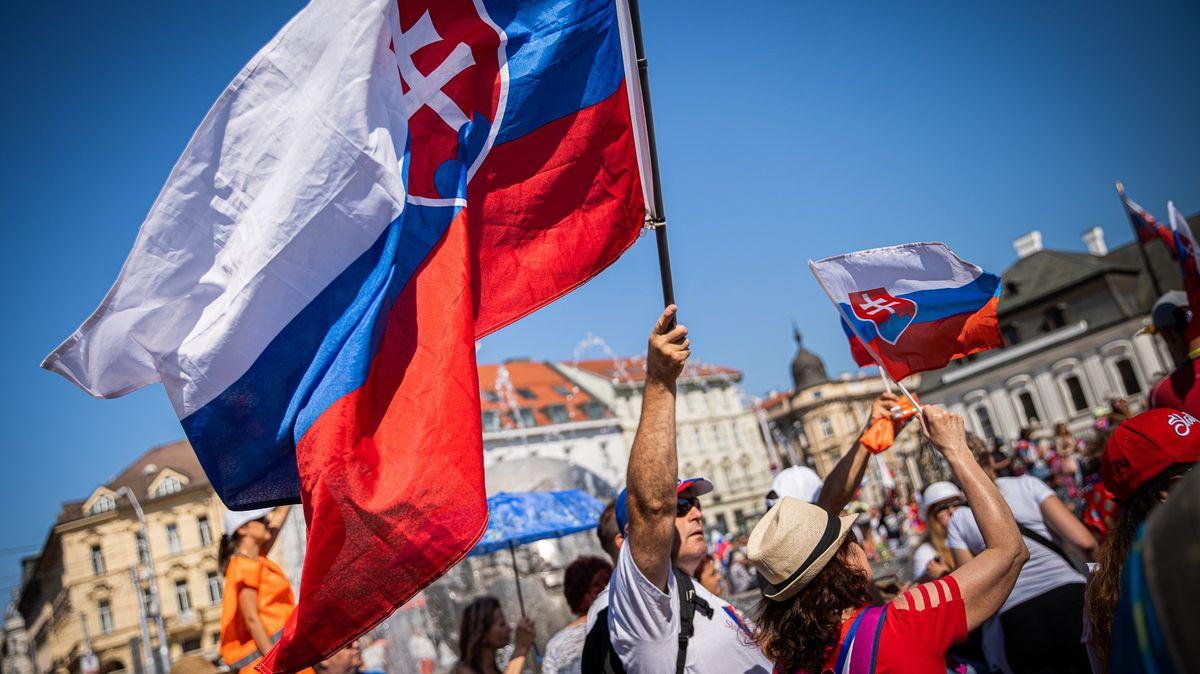 Centrum Bratislavy zablokovali odpůrci proticovidových restrikcí
