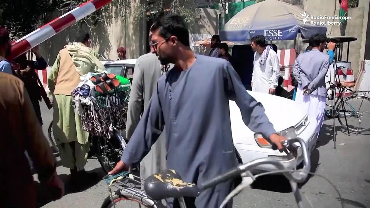 Tálibán se chová chytře, naučil se marketing, říká novinář