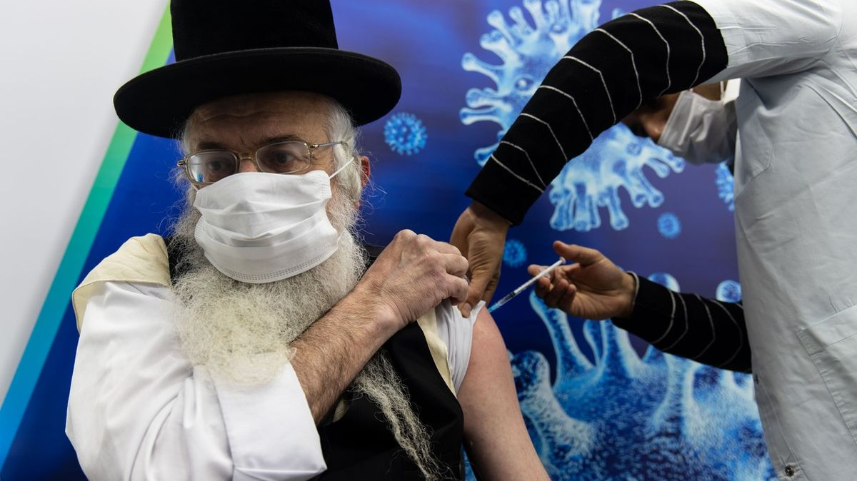 Izrael chystá rozvolnění. Zvažuje trestat odmítače očkování