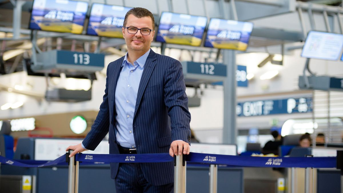 Šéf pražského letiště je smířen se svým koncem. Už se mluví onástupci
