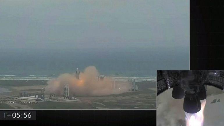 Video: Prototyp rakety Starship úspěsně vzlétl a předpisově přistál