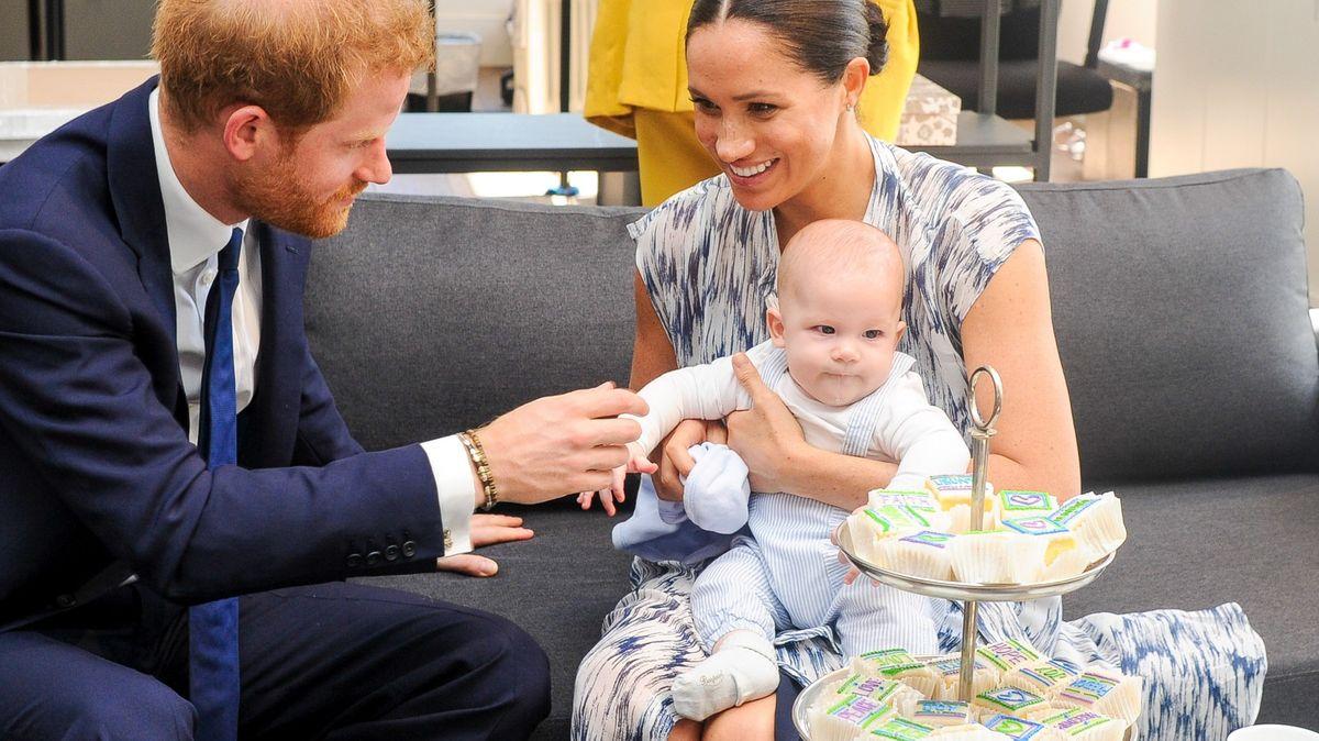 Meghan a Harry hrozí BBC soudem kvůli výběru jména pro dceru