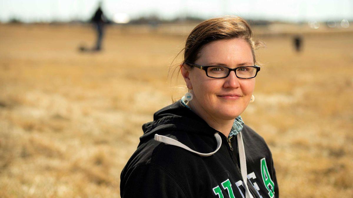 """Našla přes 750dětských hrobů. """"Láme to srdce,"""" říká kanadská archeoložka"""