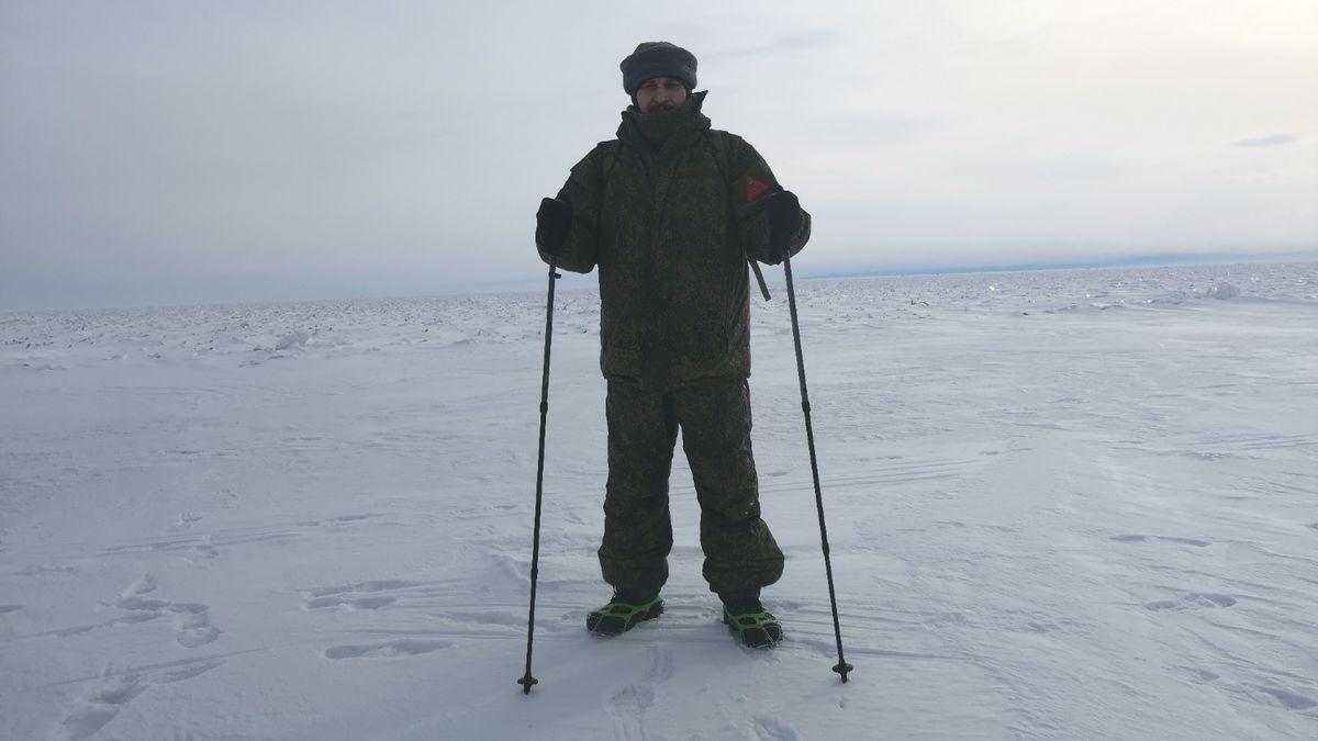 Na Urale ho zatkli, pak skozáky přešel zamrzlý Bajkal a pomáhal po tornádu