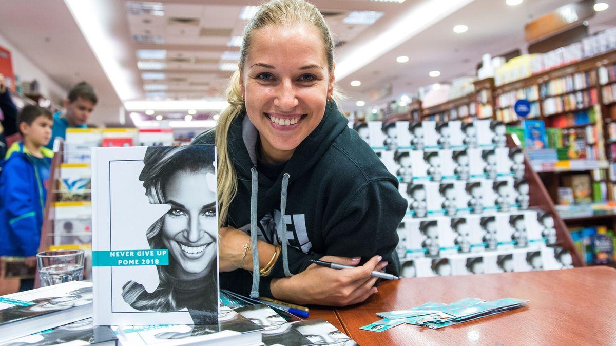 Bývalá slovenská tenistka Cibulková měla očkovací protekci. Lidé ji kritizují