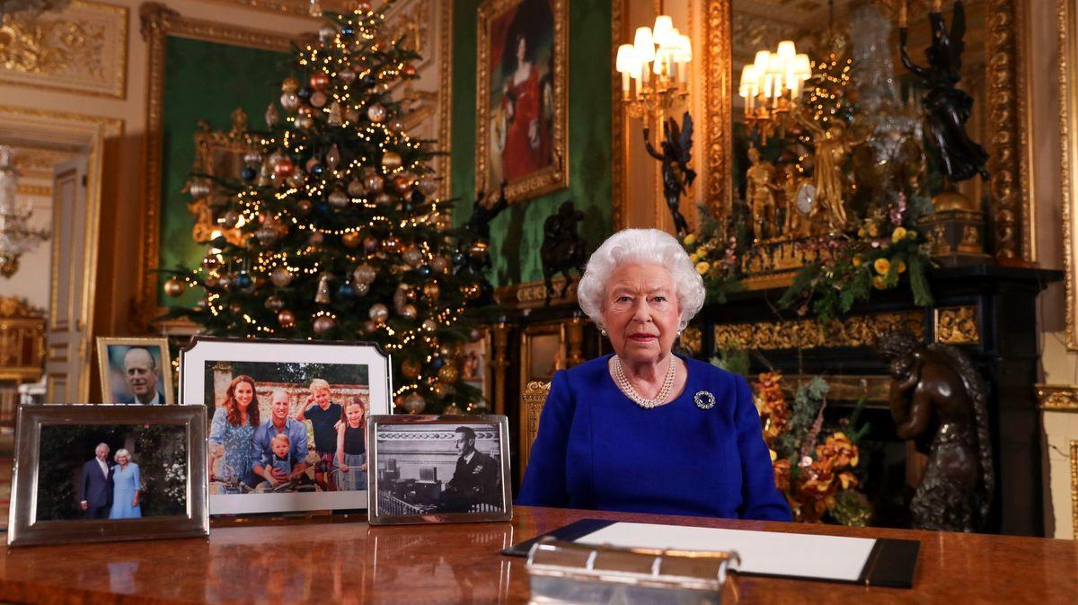 Alžběta II., Putin nebo Trump. Poselství ke konci roku napříč světem