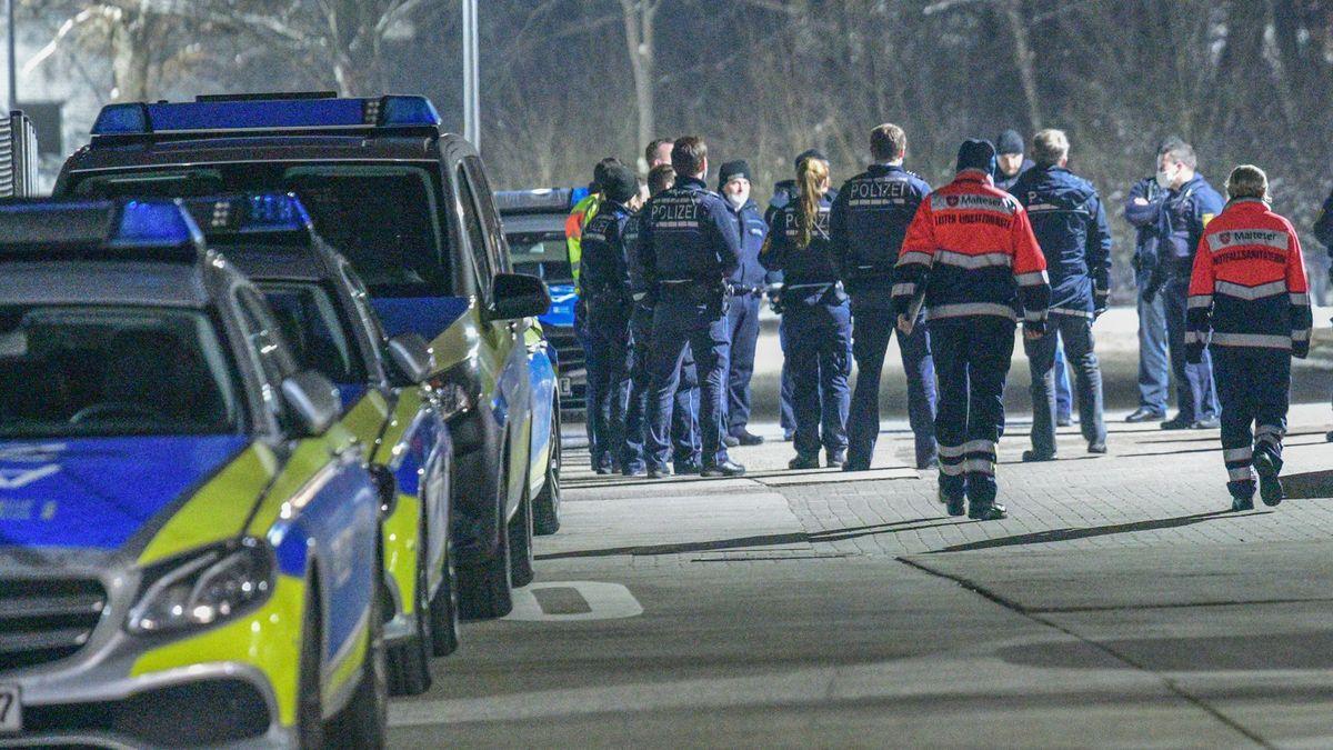 Němci našli ve třech dodávkách 23lidí. Migranty předali do Česka