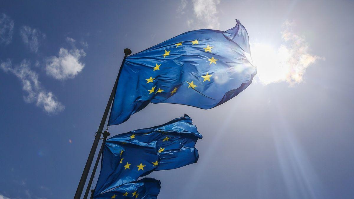 """Brusel představil """"digitální peněženku"""". Doklady budete moci mít vmobilu"""