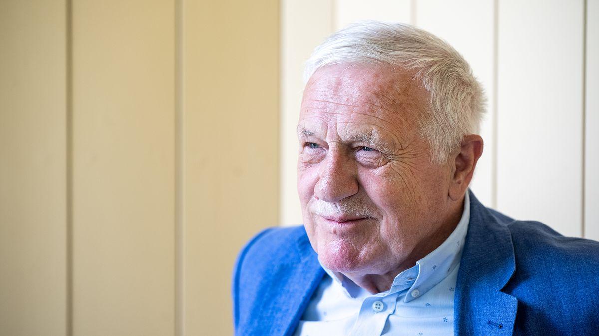 Exprezident Václav Klaus je znovu vnemocnici