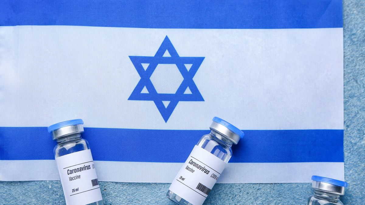 VIzraeli se šíří varianta delta. Vakcína od Pfizeru je vůči ní slabší