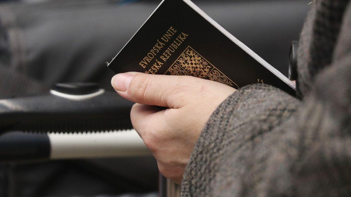 Český doklad je vprvní desítce nejžádanějších pasů světa