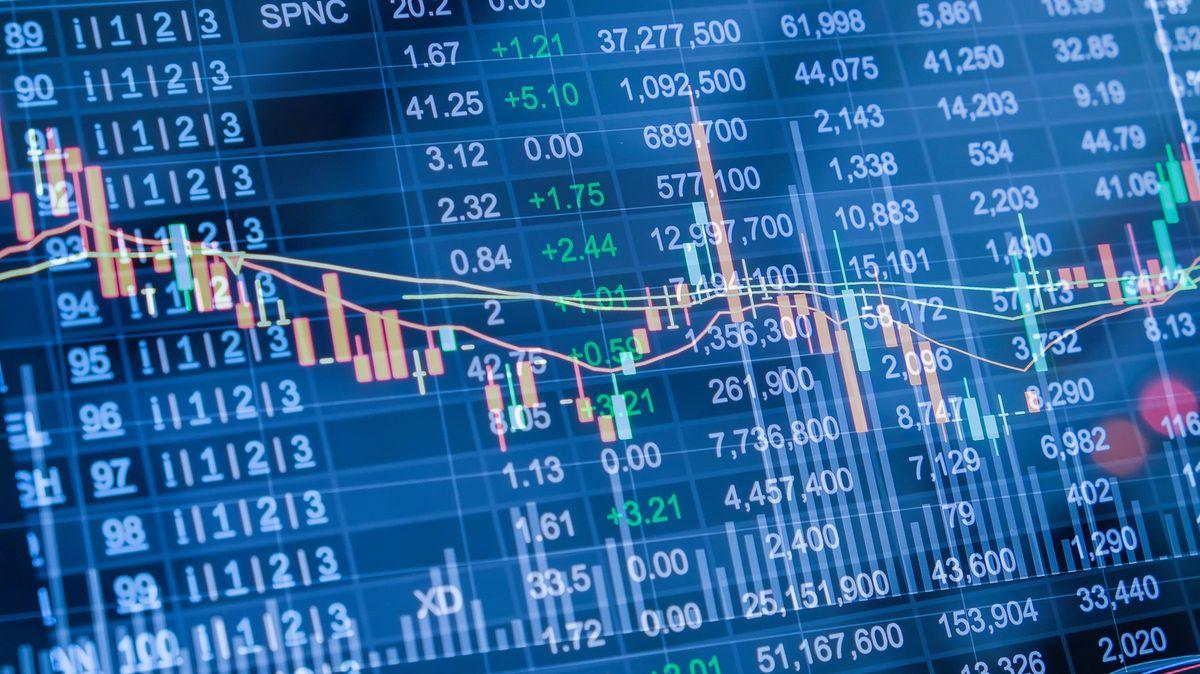 Padlý český investiční mág nebyl jediný. Zázračné výnosy slibují ijiní