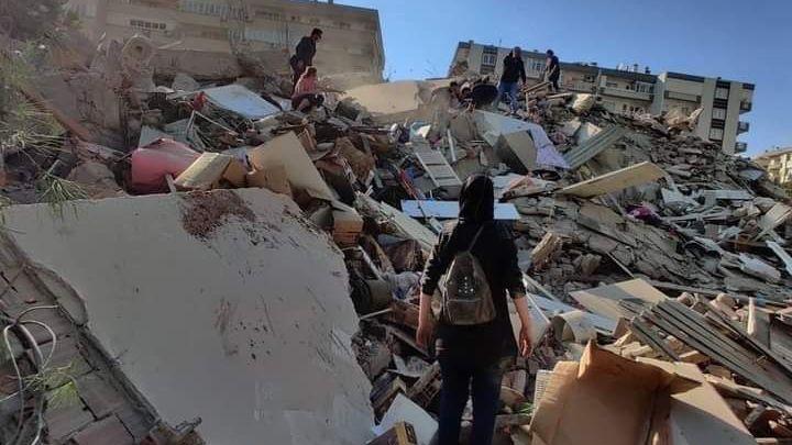 VEgejském moři udeřilo zemětřesení. Turecko hlásí 6obětí a 320zraněných