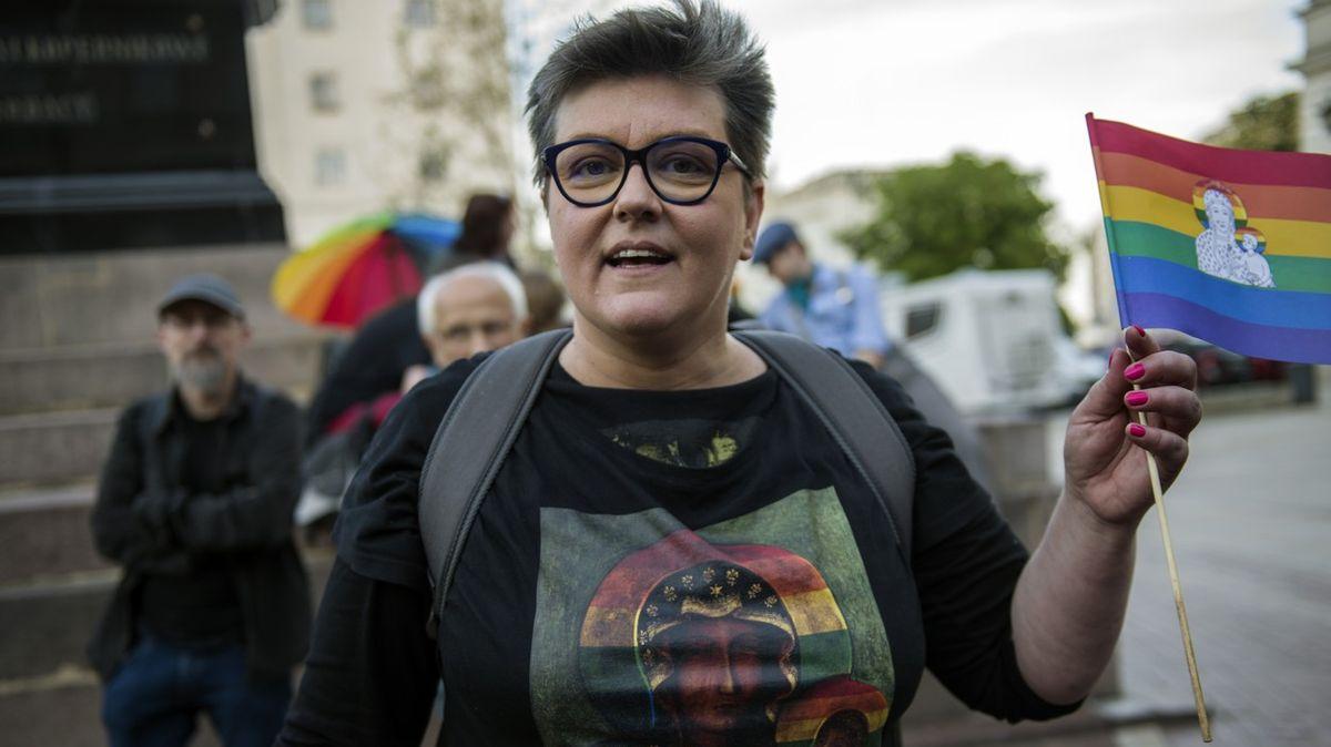 Duhová madona katolíky neuráží, soud osvobodil polské aktivistky