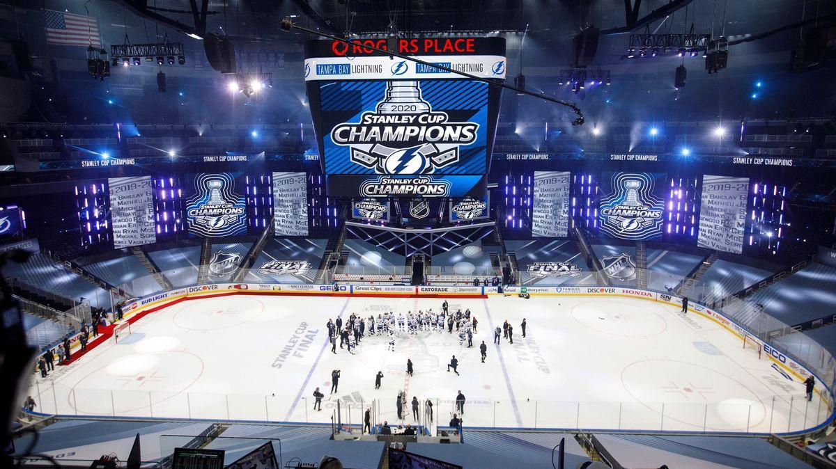 Hokejová NHL ohlásila návrat. Liga začne vlednu a sřadou změn