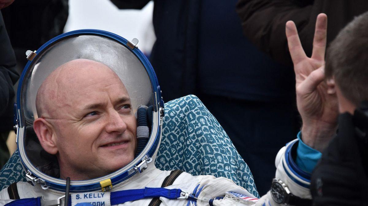 Co má společného astronaut a dálkový plavec? Scvrklé srdce, zjistili vědci