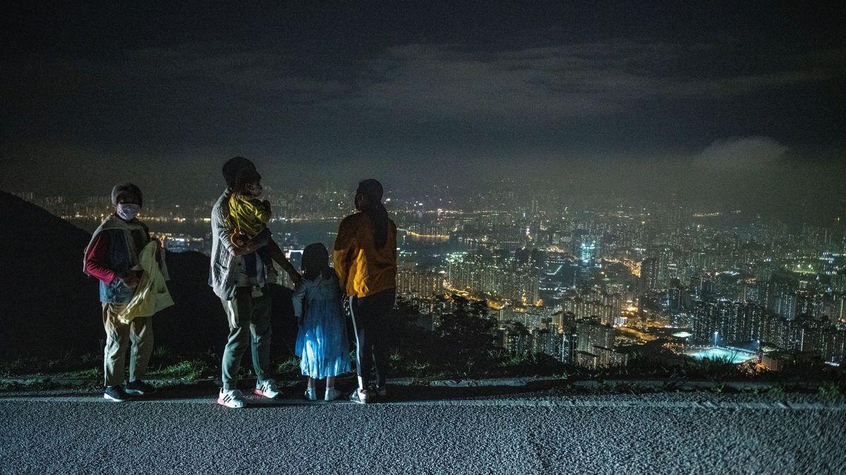 Města ipamátky ponořené do tmy. Svět oslavil Hodinu Země
