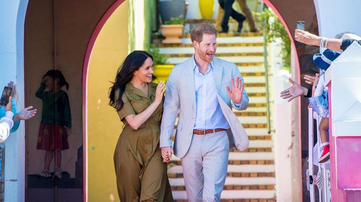 Princ Harry a Meghan oznámili narození dcery. Jmenuje se po královně