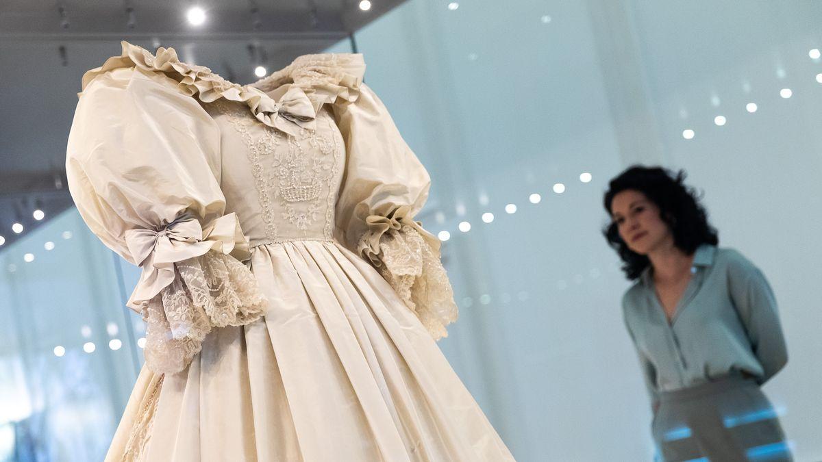 Obrazem: Šaty pro princezny. VLondýně začala výstava královského šatníku