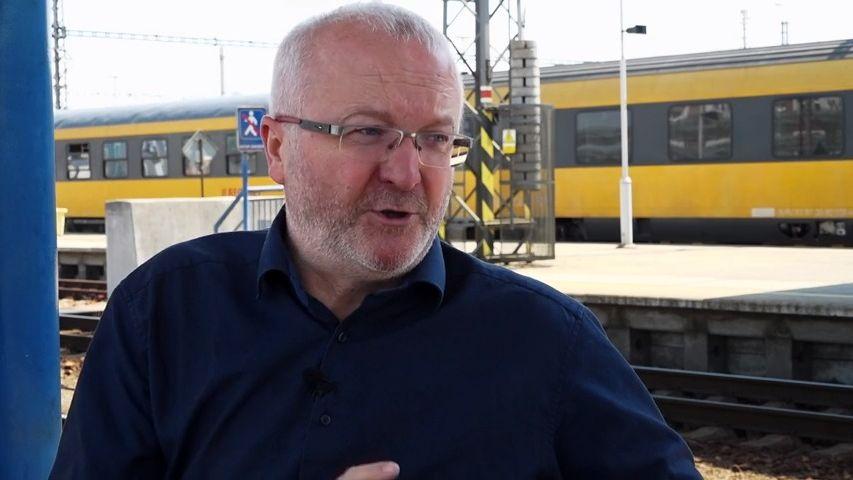 Jančura vyveze Čechy na lyže. Žluté vlaky vyjedou po Chorvatsku ido Alp