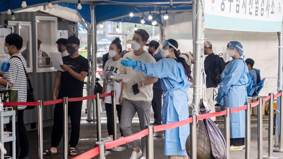 Pandemii zvládali skvěle, pak udělali chybu a mají rekordní přírůstky nakažených