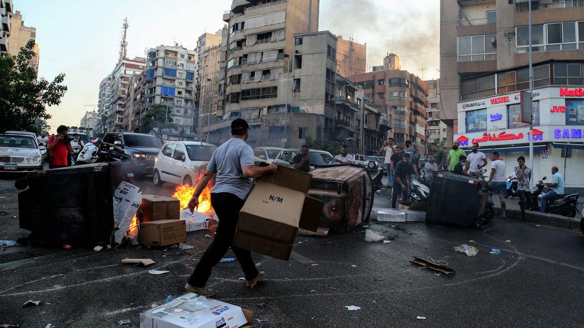 Libanon vkrizi. 80% domácností nemá na jídlo, ceny rostou
