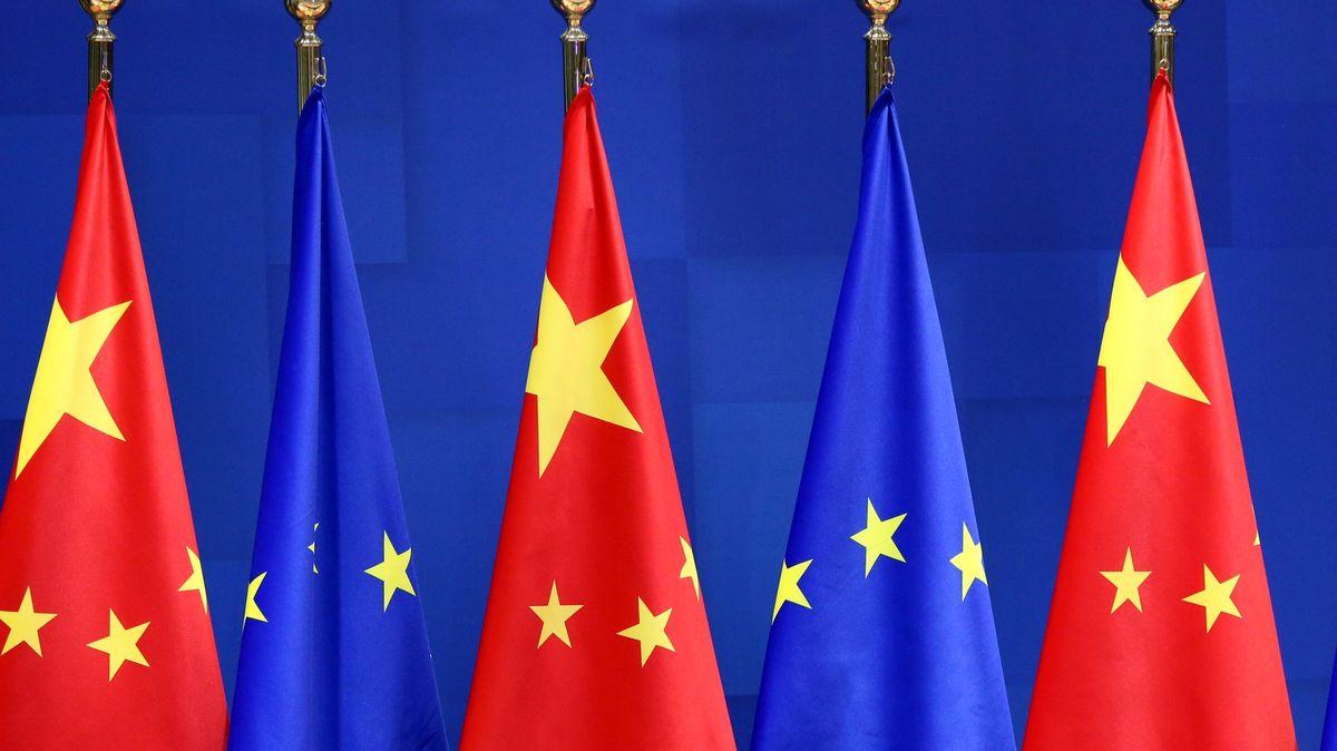 Sedm let jednání a nic ztoho. Dohoda EU a Číny jde kledu